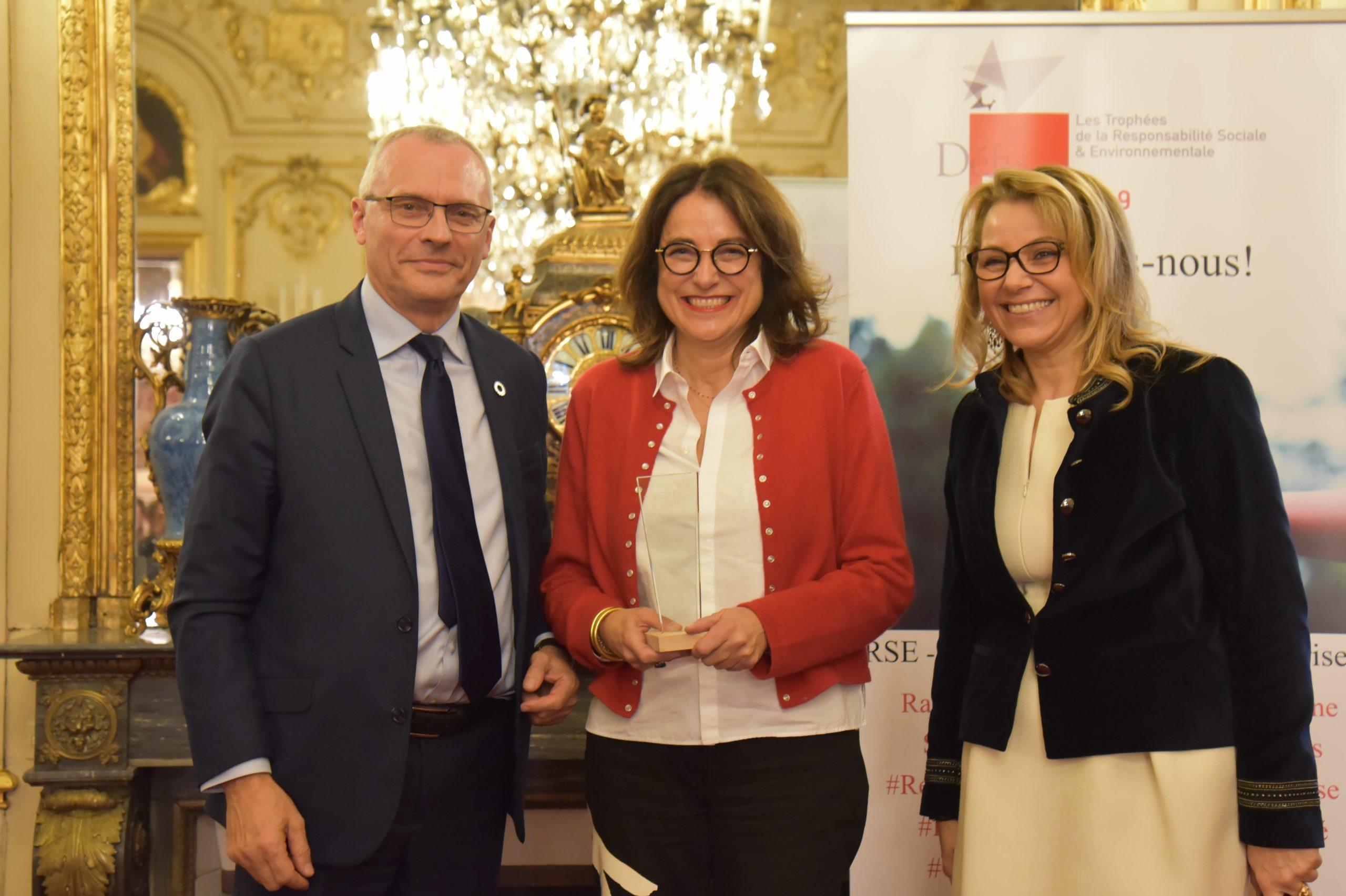 Trophée Défis RSE 2019 pour la catégorie Start-up : Philippe Kunter, BpiFrance – Lauréat : ISAHIT,  Isabelle Mashola